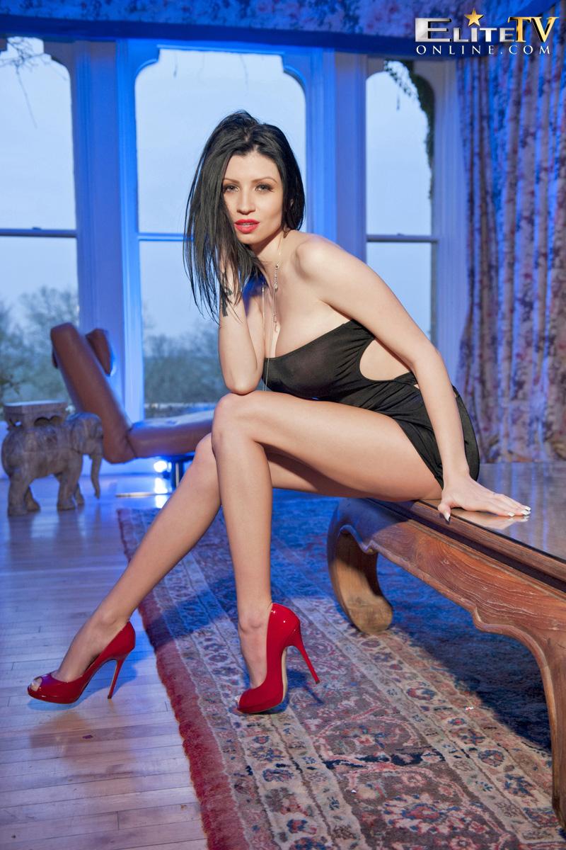 lilly-roma-red-high-heels-elitetv-06
