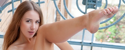 Lina Diamond on balcony