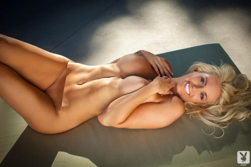 lindsay-love-bikini-playboy-15