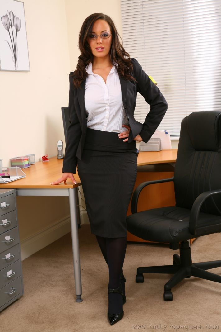 lindsey-strutt-secretary-only-opaques-01