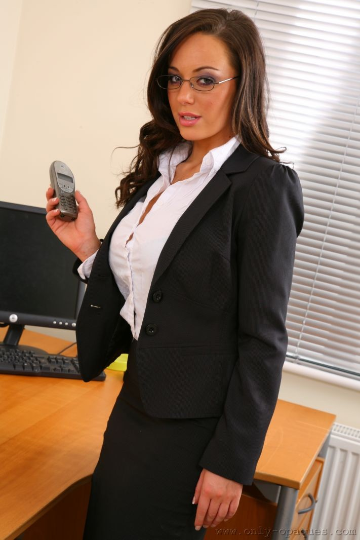 lindsey-strutt-secretary-only-opaques-02