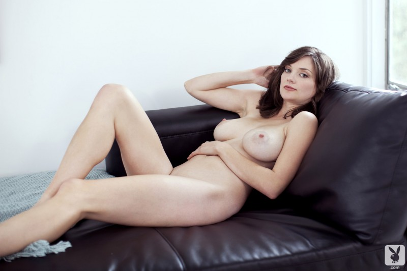 lisa-kate-nude-boobs-kitchen-playboy-24
