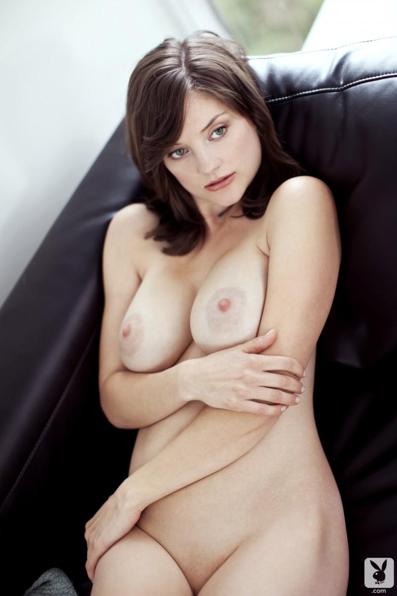 lisa-kate-nude-boobs-kitchen-playboy-25