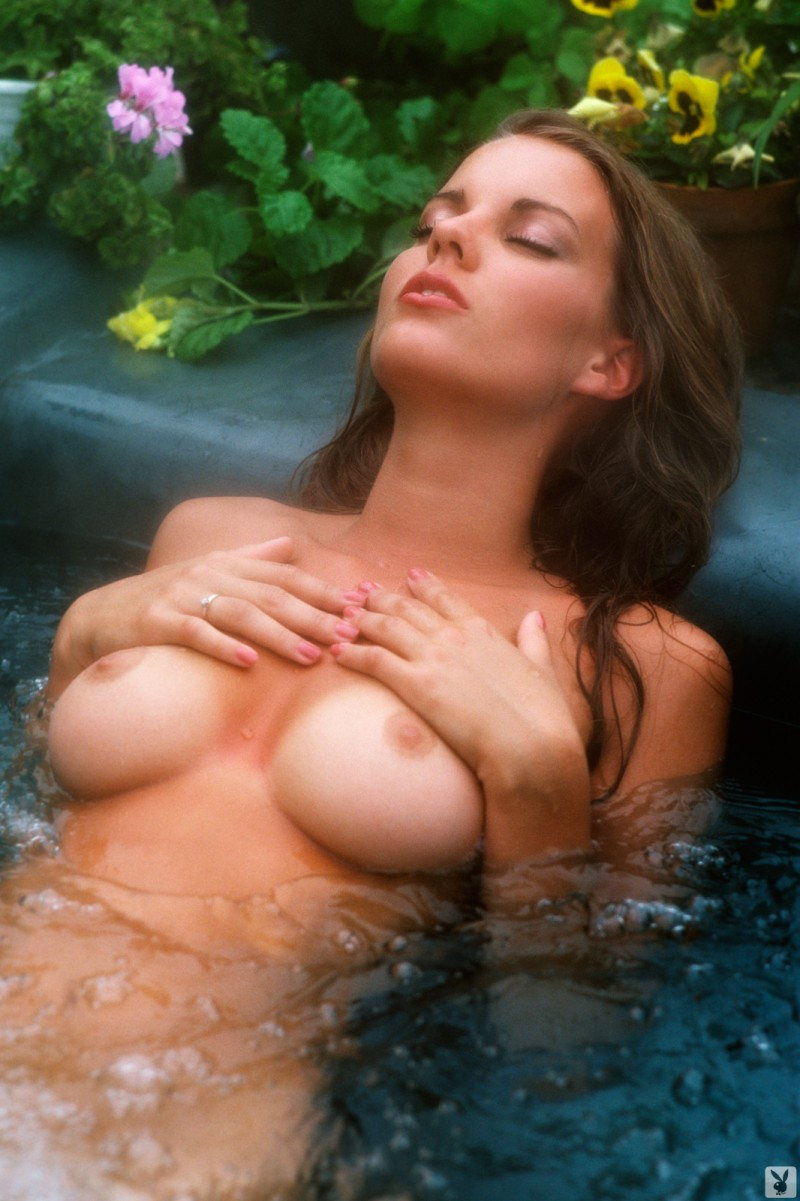 lisa-welch-miss-september-1980-vintage-playboy-44