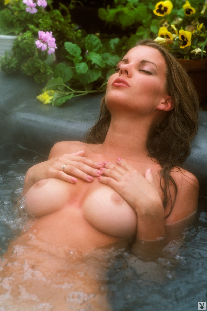 lisa-welch-miss-september-1980-vintage-playboy-45