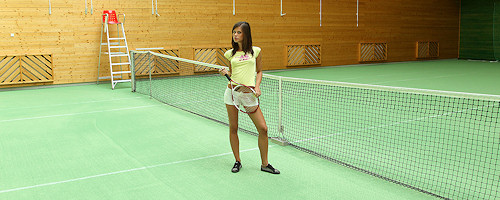 Little Caprice – Indoor tennis