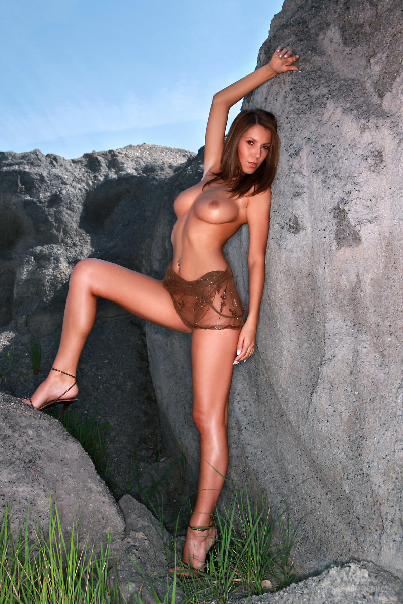 lizzie-rocks-watch4beauty-07