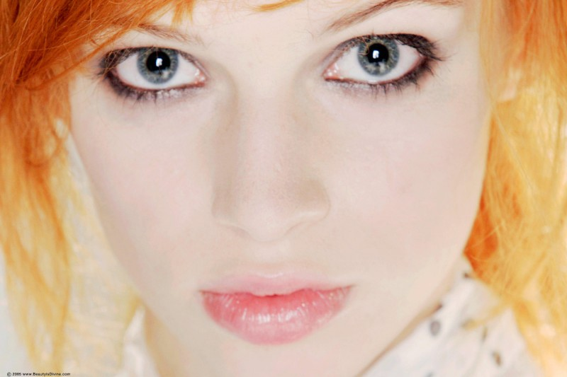 lola-redhead-schoolgirl-punk-beautyisdivine-10