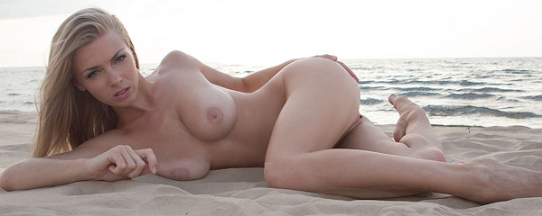 Lolly Gartner on the beach