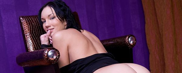 Loreen in black peignoir