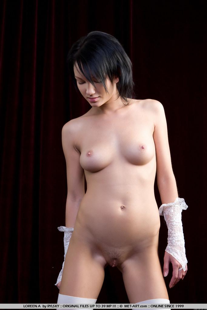 loreen-a-white-stockings-met-art-05