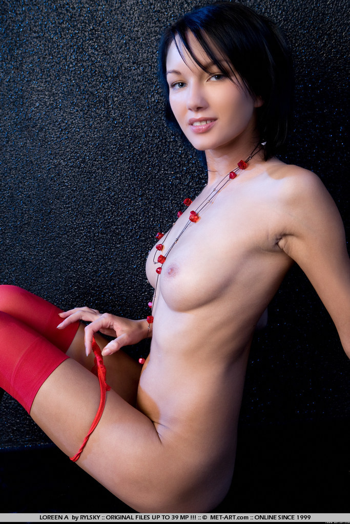 loreen-a-red-stockings-met-art-05