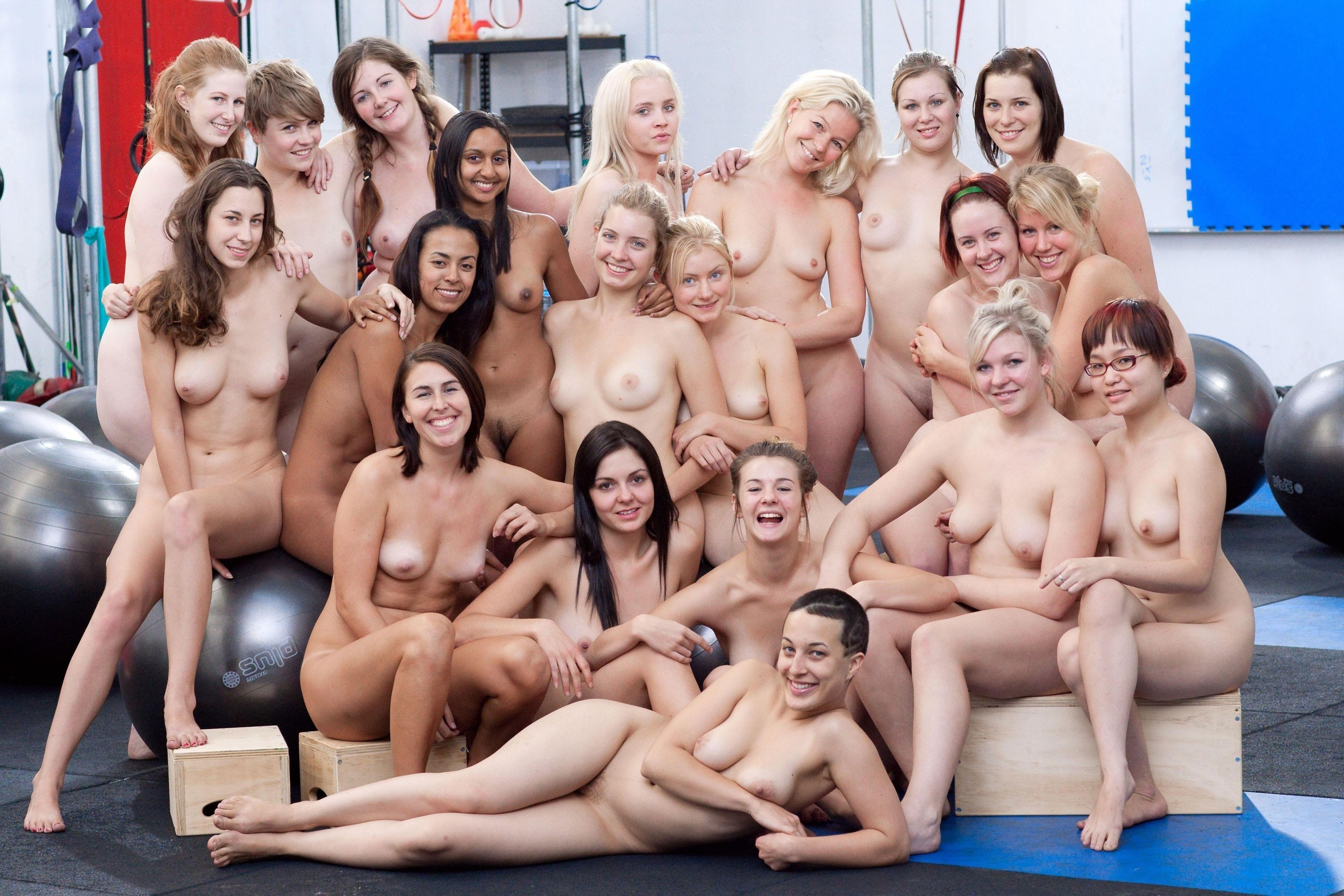 naked-girls-in-group-mix-vol3-33