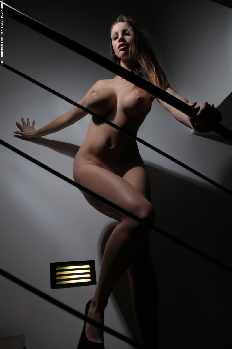 luciana-boobs-stairs-nude-photodromm-12