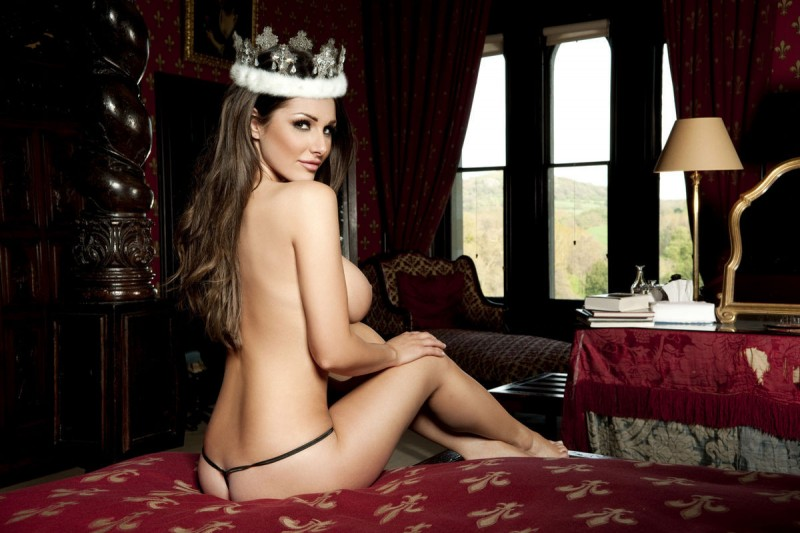 lucy-pinder-nuts-magazine-queen-of-boobs-04