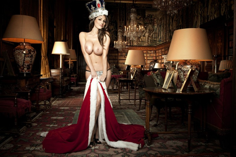 lucy-pinder-nuts-magazine-queen-of-boobs-07