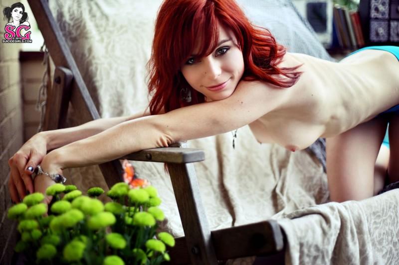 lumo-redhead-nude-blue-socks-suicide-girls-12