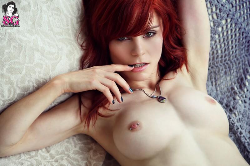 lumo-redhead-nude-blue-socks-suicide-girls-14