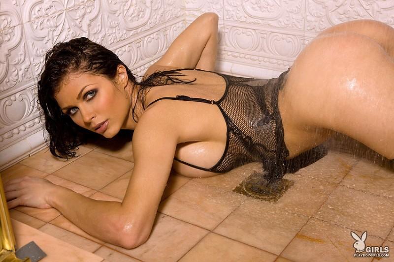 playboy Lynda shower redwine