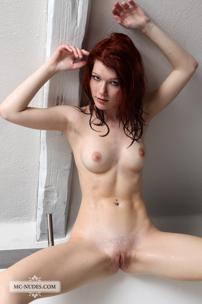 women Perfect fit naked