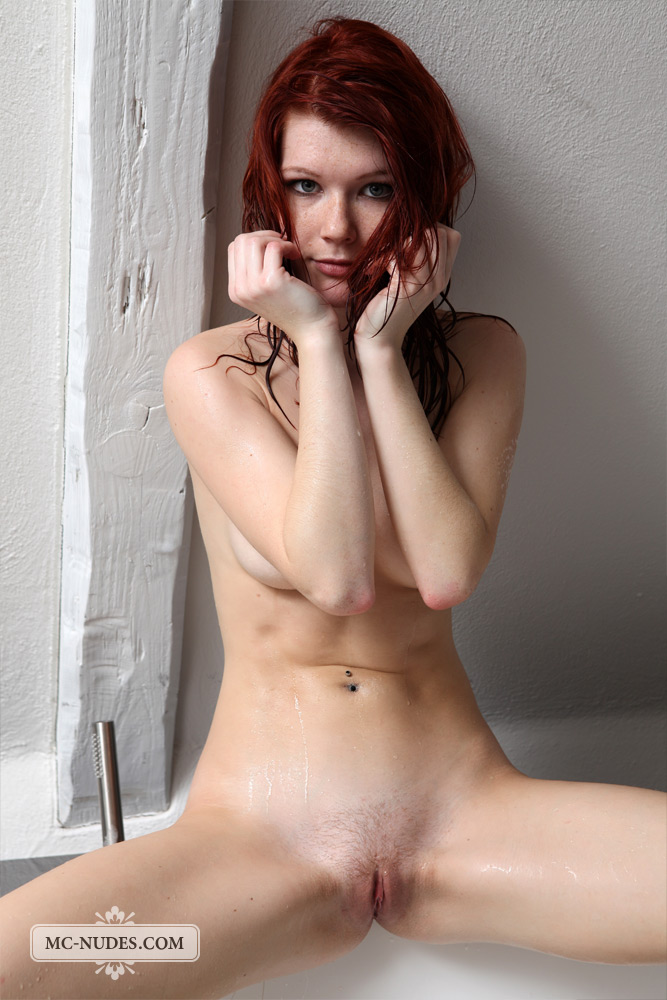 lynette-bath-mc-nudes-09