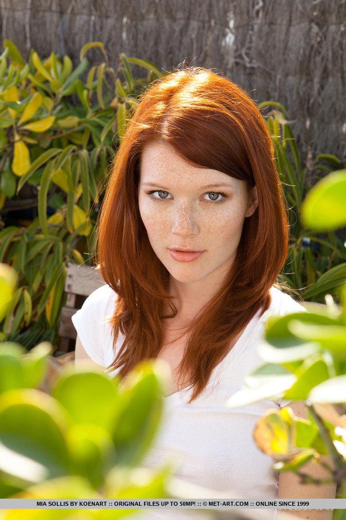 mia-sollis-nude-redhead-terrace-metart-01