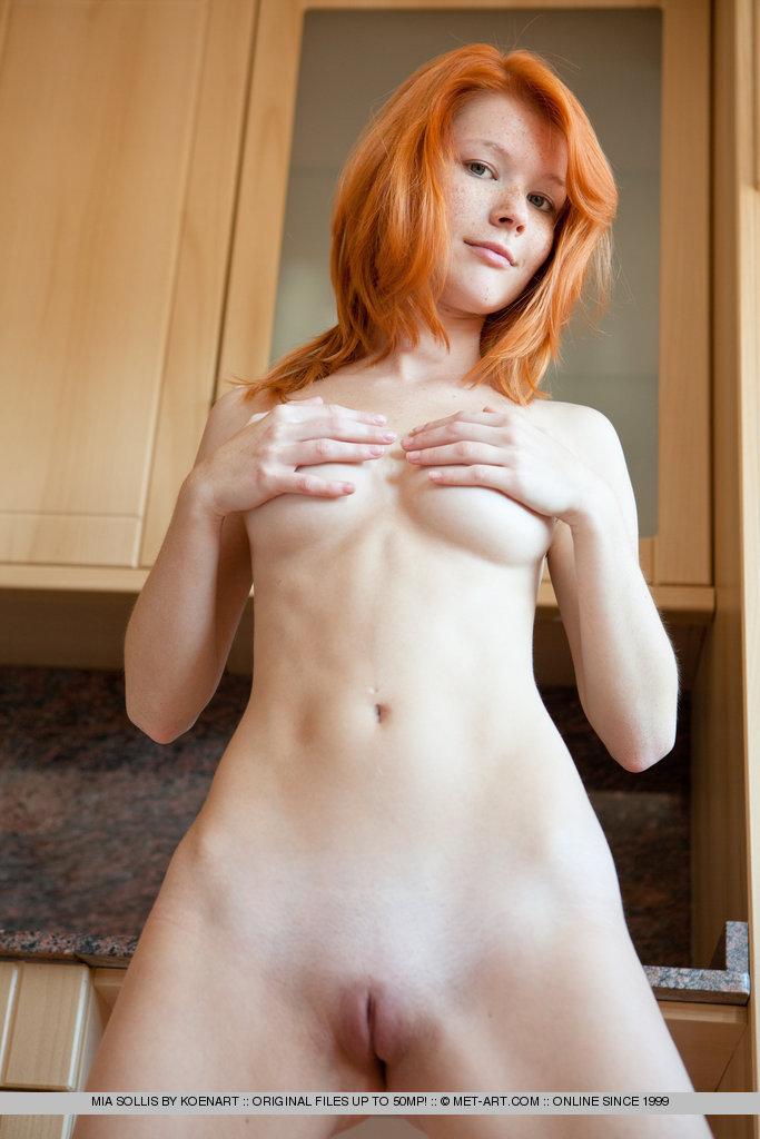 bottomless nude reheaded women