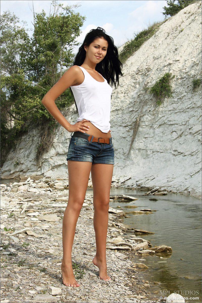 kara-nude-jeans-shorts-mplstudios-01