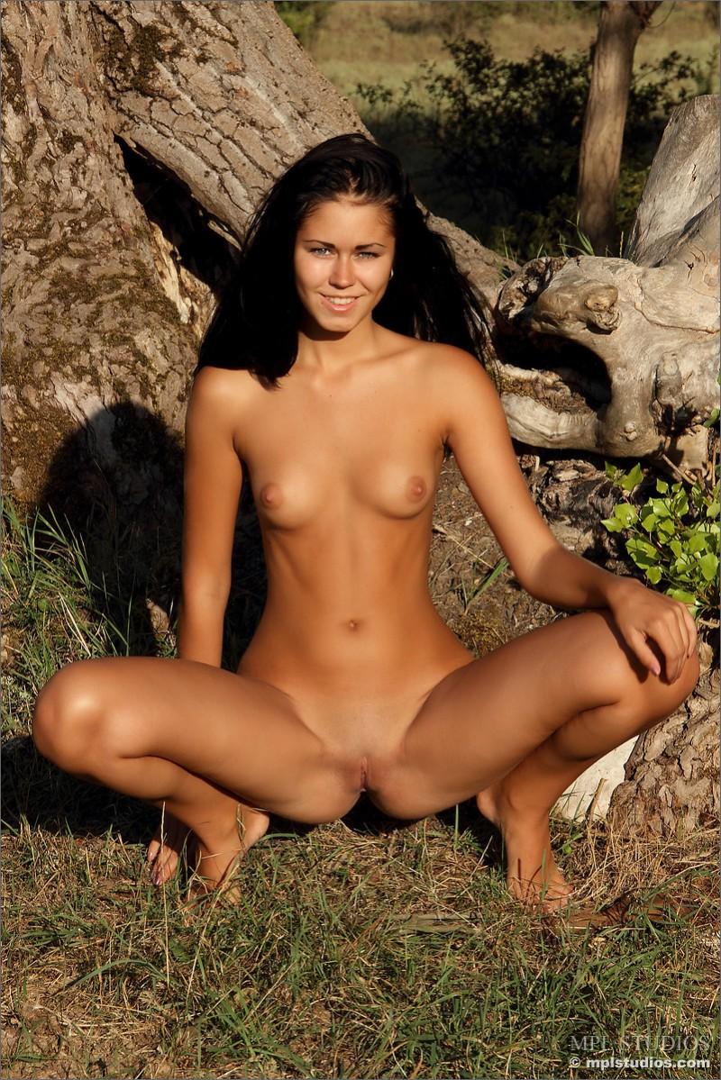 kara-brunette-small-tits-mplstudios-10