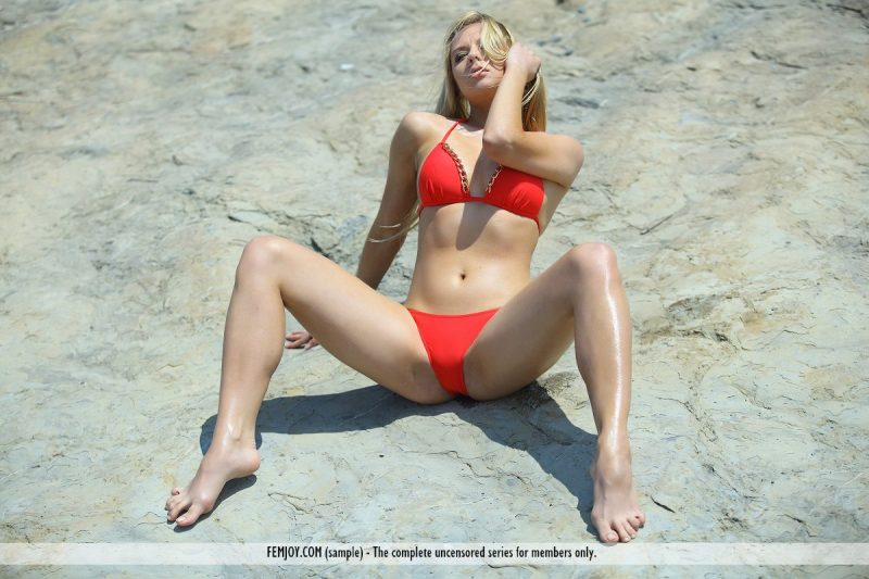 bally-d-red-bikini-seaside-femjoy-02