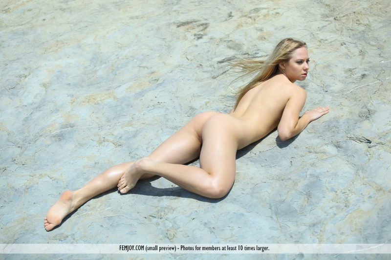 bally-d-red-bikini-seaside-femjoy-15