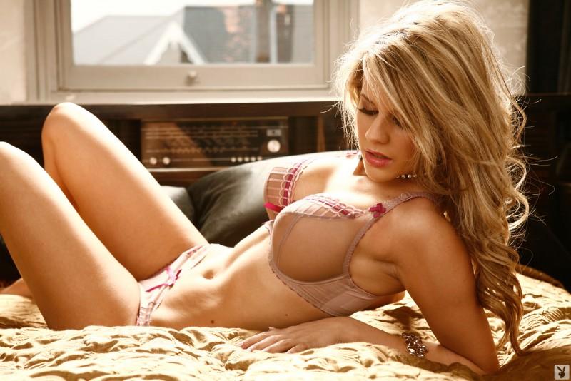 madison-welch-nude-blonde-boobs-uk-playboy-06