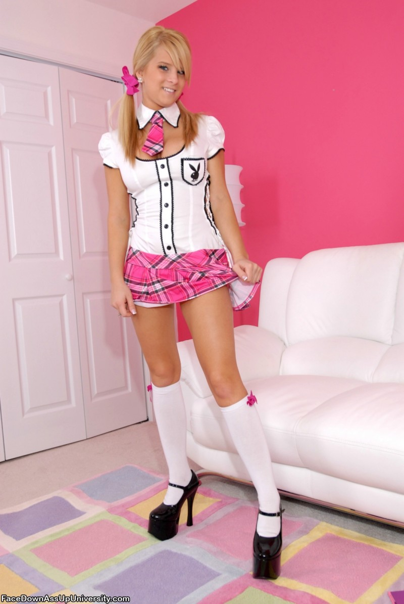 dezarae-sanford-pink-schoolgirl-05