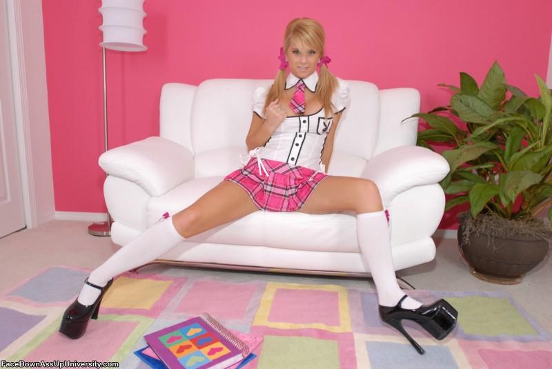dezarae-sanford-pink-schoolgirl-12