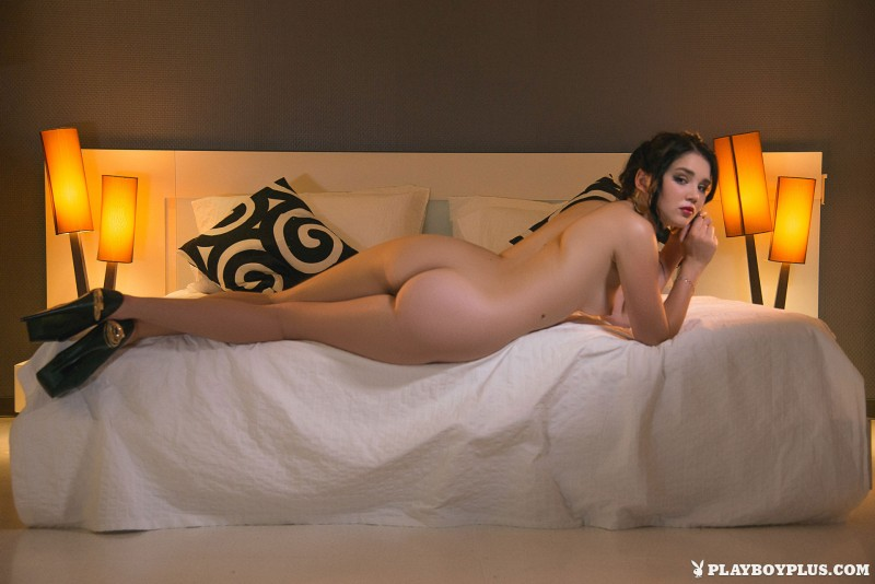 malena-fendi-poolside-bedroom-naked-playboy-18