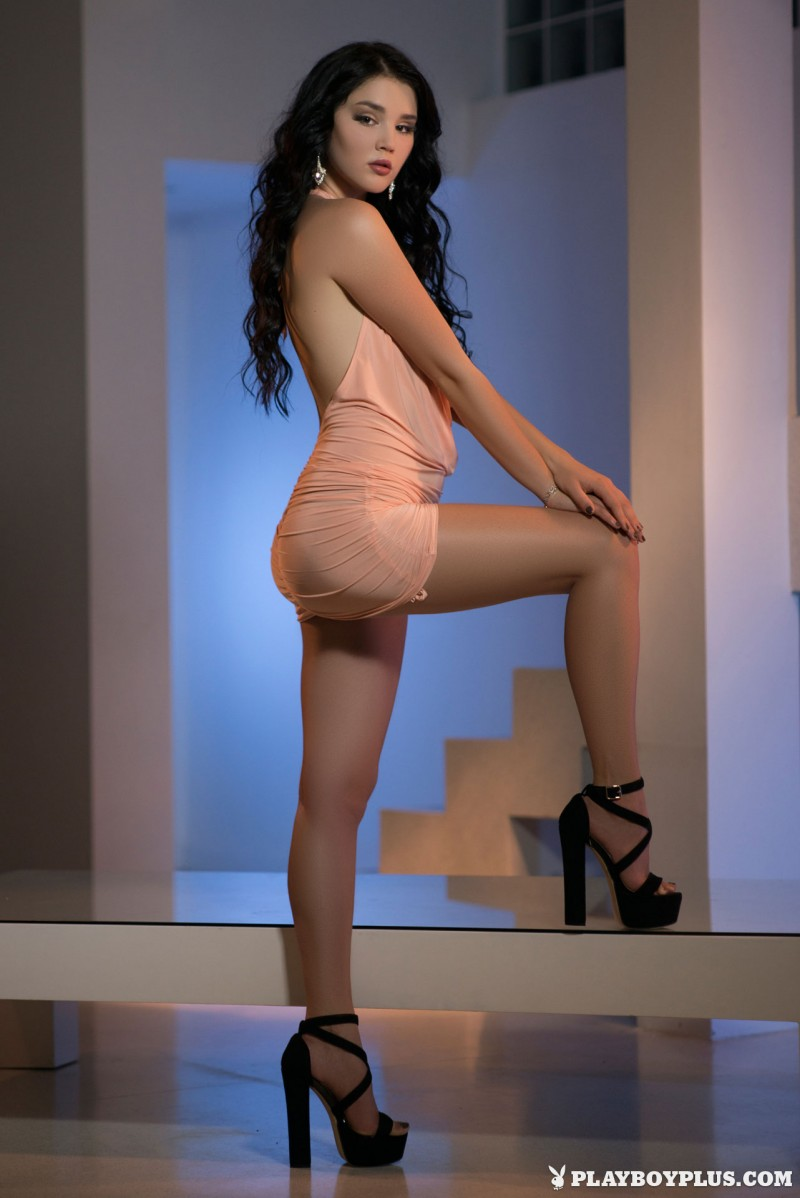 malena-pink-dress-high-heels-playboy-03