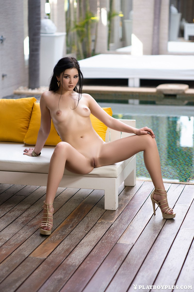 malena-poolside-nude-high-heels-playboy-09