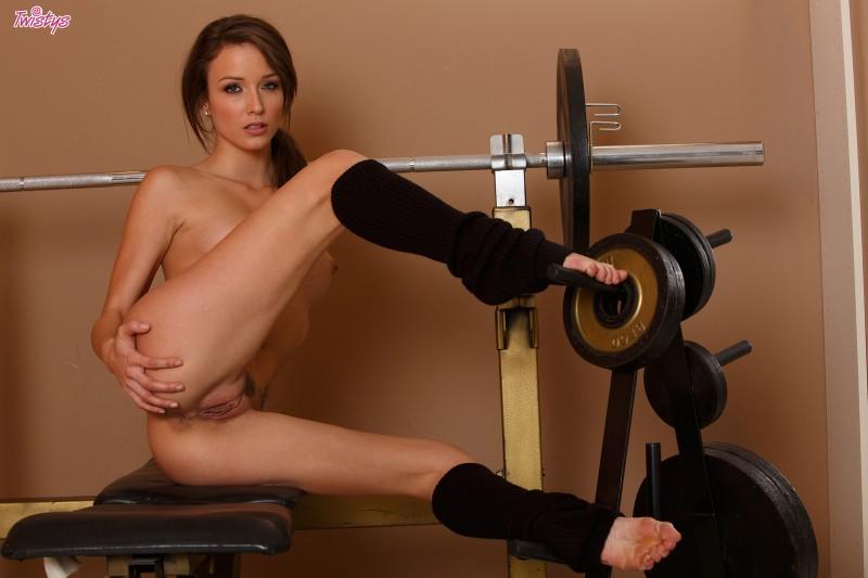 malena-morgan-gym-twistys-11