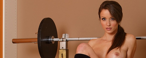 Malena Morgan – Pumping iron