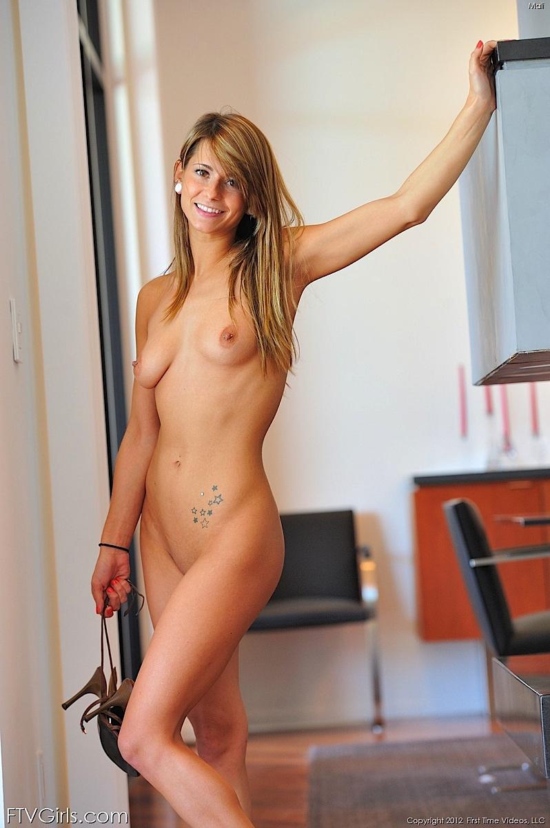mali-myers-nude-ftvgirls-23