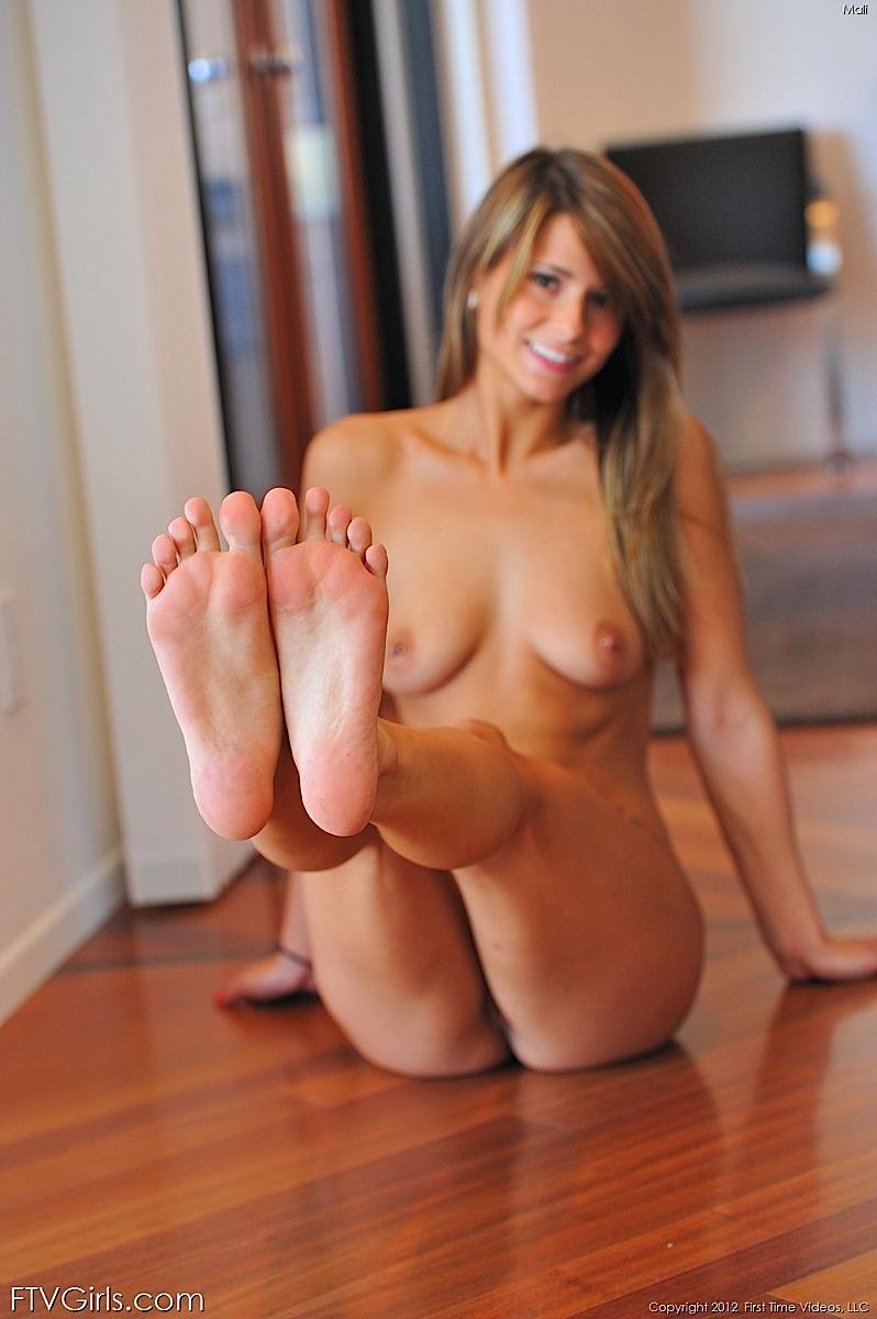 mali-myers-nude-ftvgirls-27