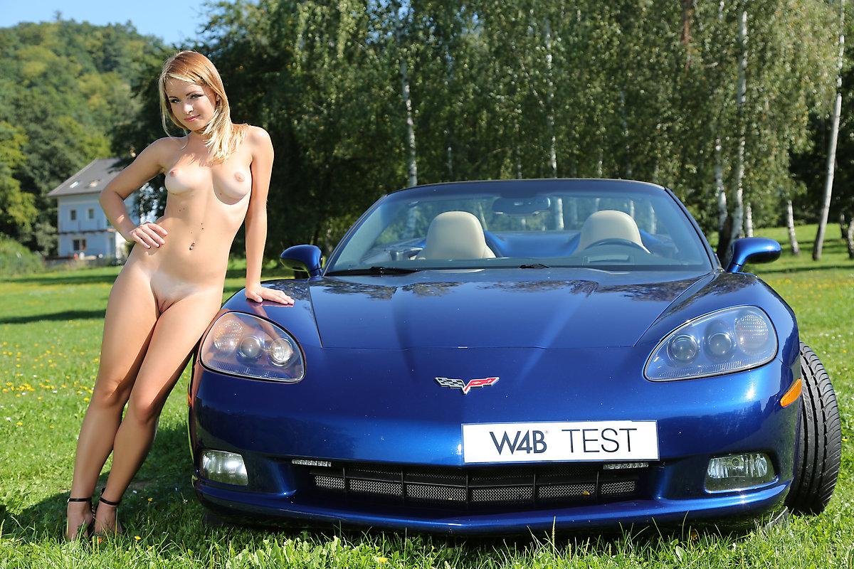 malinda-a-nude-chevrolet-corvette-c6-blonde-watch4beauty-11