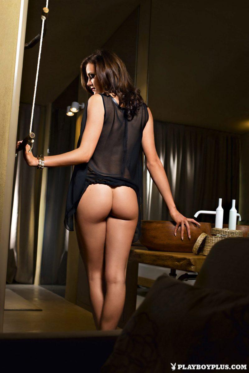 Голая Агния Дитковските на фото из журнала Playboy