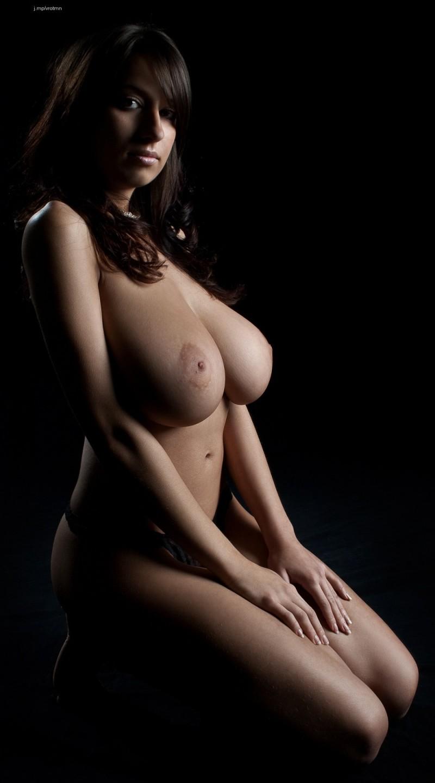 maria swan nude aunty