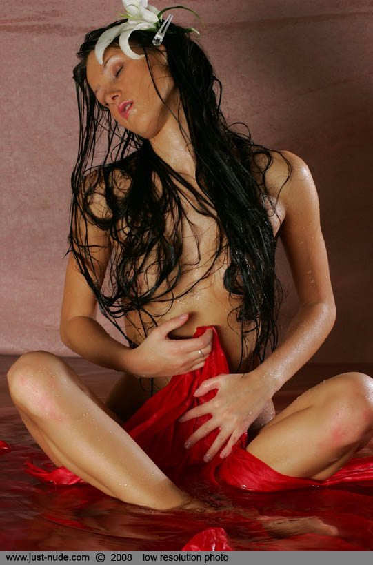 maria-getting-wet-10