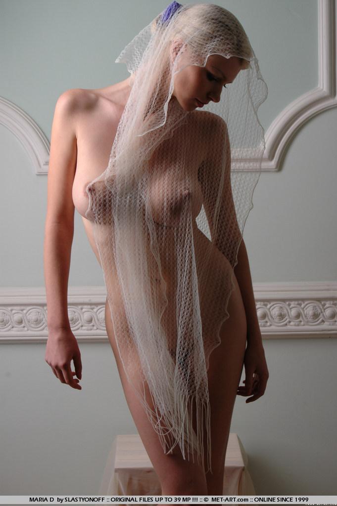 maria-d-blonde-veil-boobs-metart-11