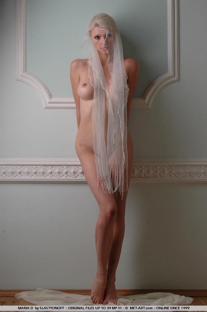 maria-d-blonde-veil-boobs-metart-12