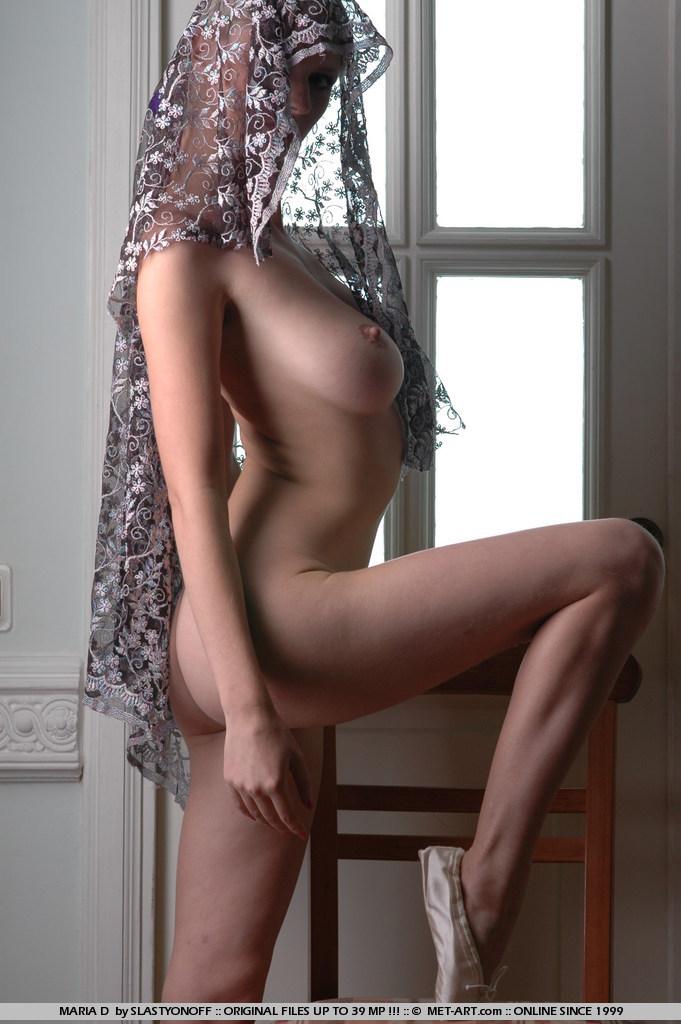 maria-d-blonde-tits-nude-veil-metart-02