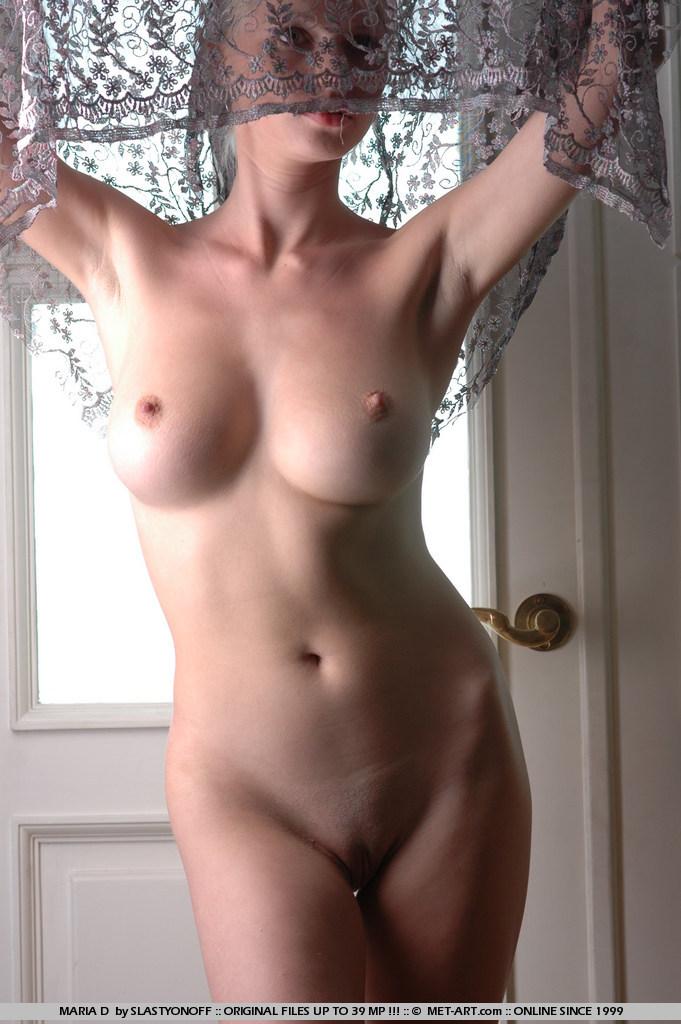 maria-d-blonde-tits-nude-veil-metart-09