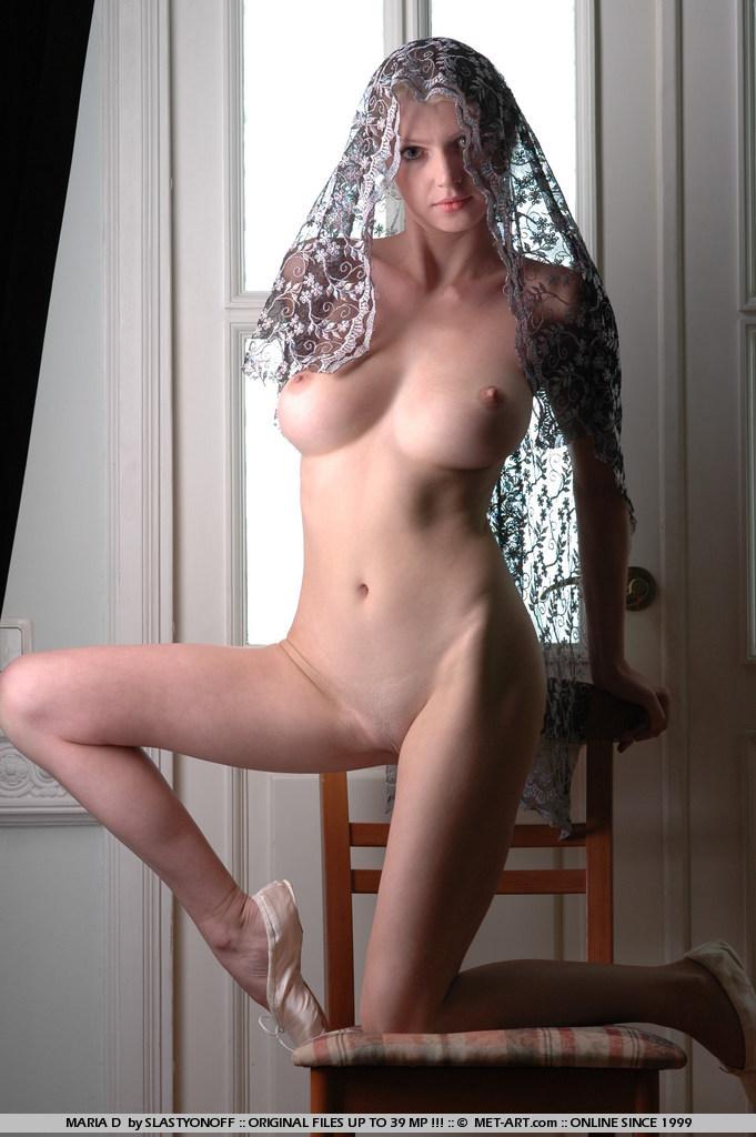 maria-d-blonde-tits-nude-veil-metart-12